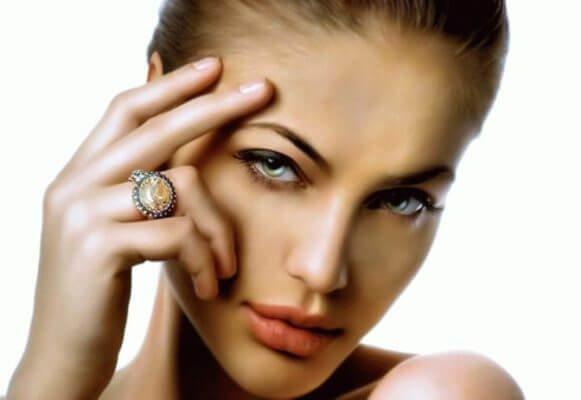 цвета для макияжа зелёных глаз
