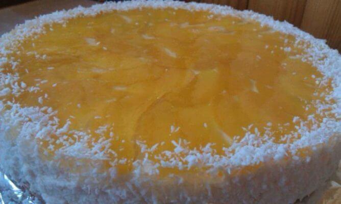 Йогрутовый торт с персиками