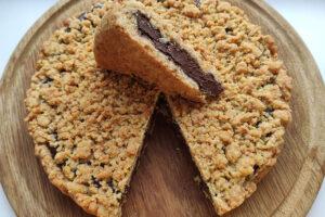 Песочный пирог с шоколадным кремом