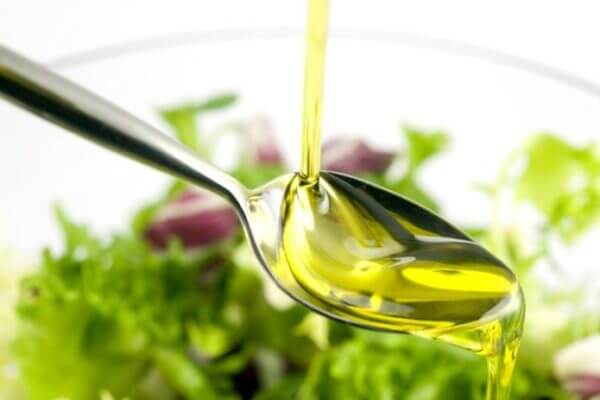 Польза оливкового масла для женщин